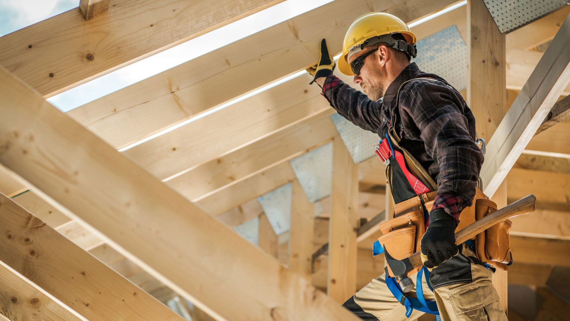 Construction Experienced home inspector performs the home inspections
